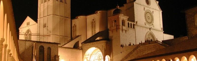 Assisi-San-Francesco-notte